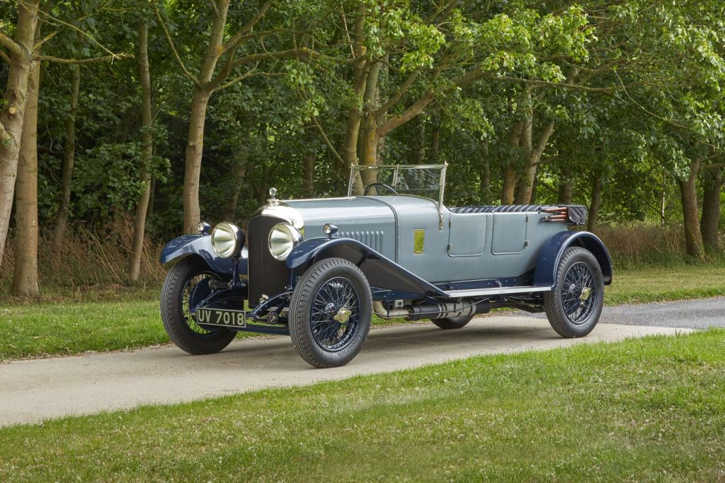 1-vintage-vehicle-restoration-rexine