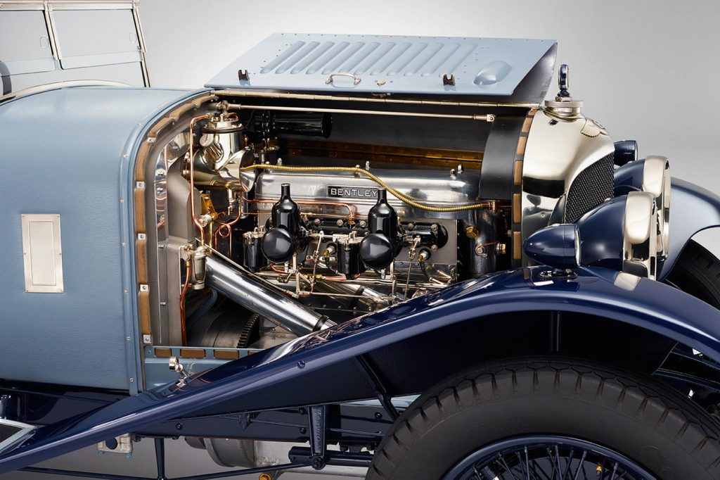 1-vintage-vehicle-engine
